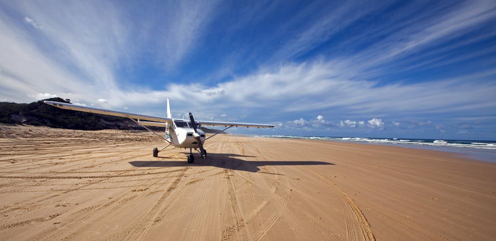 La plage est aussi une piste d'atterrissage