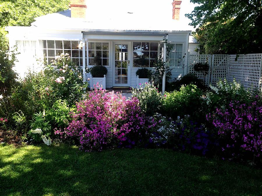 White Dove cottage -Tasmanie