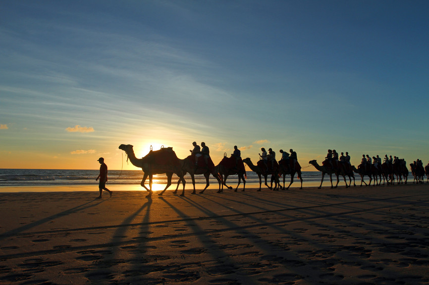 Promenade en chameau sur la plage de Cable Beach