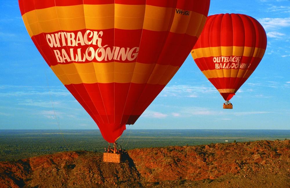 Un survol de l'Outback en ballon est une expérience unique !