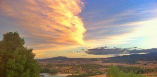 La vue du vignoble au lever de soleil, pas mal comme bureau!