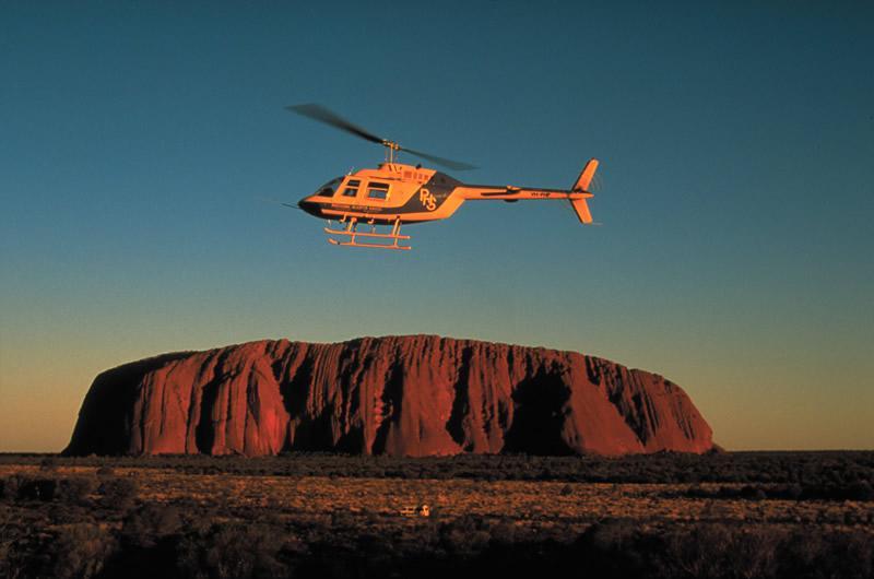 Ayers Rock - Uluru en hélicoptère au lever ou au coucher
