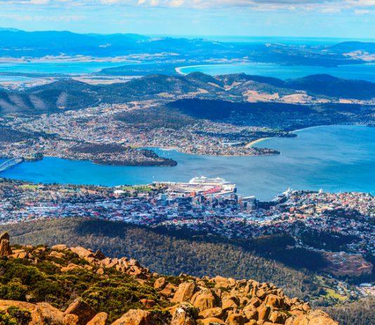 Hobart City et Mount Wellington -Tasmanie, Australie.