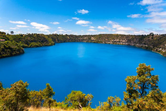 Limestone Coast : Blue Lake